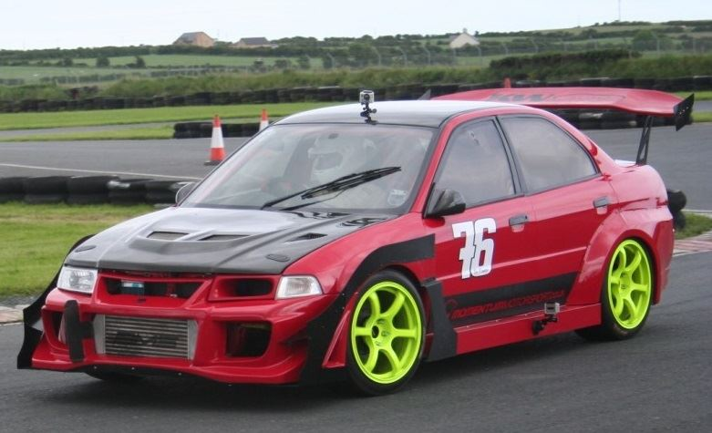 Momentum Motorsport Wide Arch Bodykit Evo IV  VI  Ross Sport Ltd